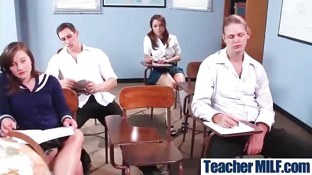 Porno im klassenzimmer
